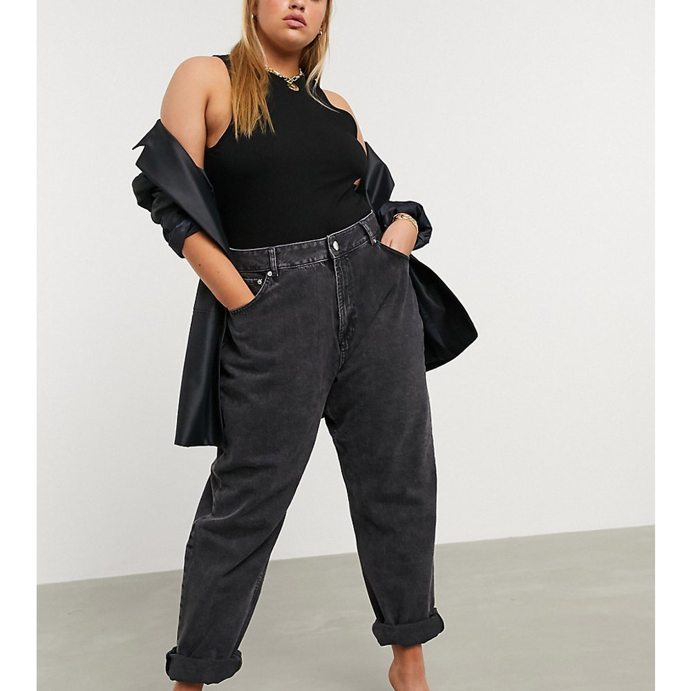 ASOS DESIGN Curve - Jean mom ample à taille haute - délavé - ASOS Curve - Modalova