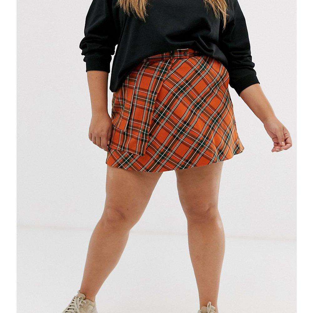 ASOS DESIGN Curve - Mini-jupe portefeuille à carreaux avec poches - ASOS Curve - Modalova
