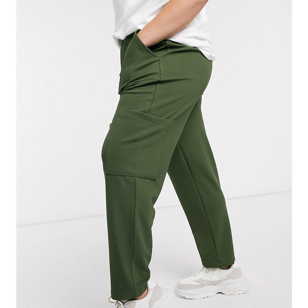ASOS DESIGN Curve - Pantalon carotte style fonctionnel en sergé de jersey avec poches en tissu - ASOS Curve - Modalova