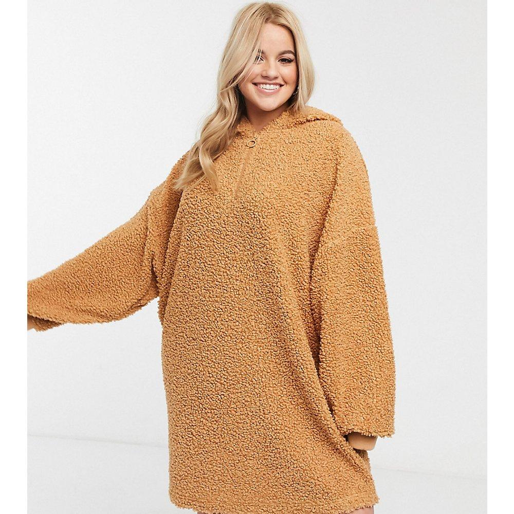 ASOS DESIGN Curve - Robe sweat-shirt oversize imitation peau de mouton avec capuche - ASOS Curve - Modalova
