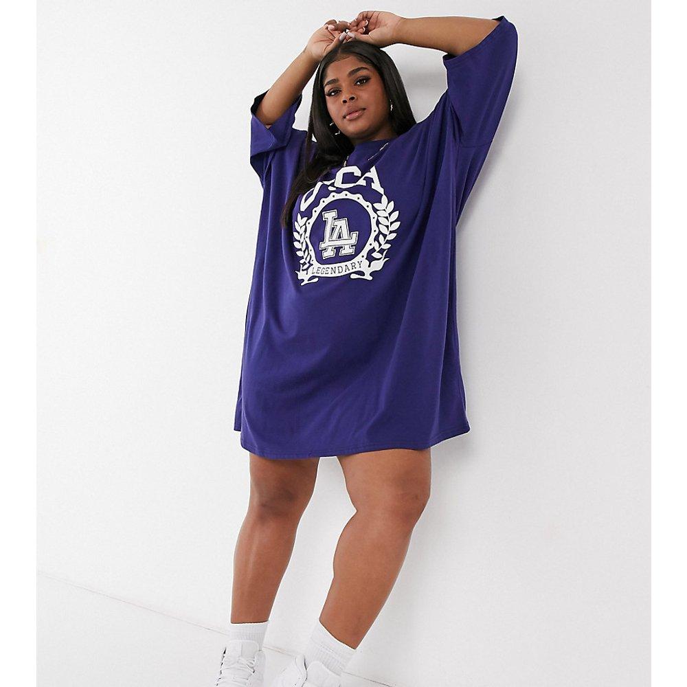 ASOS DESIGN Curve - Robe t-shirt oversize avec logo USA - Noir - ASOS Curve - Modalova