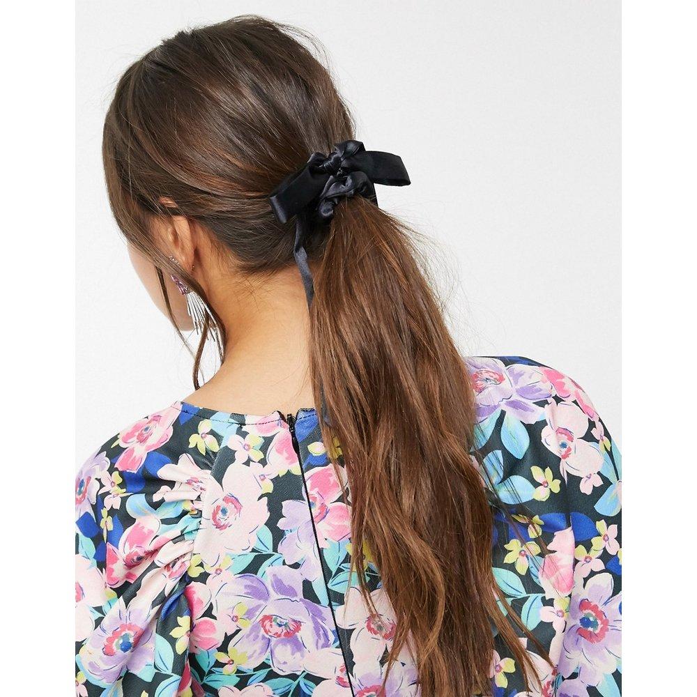 Élastique à cheveux avec un nœud en satin - ASOS DESIGN - Modalova