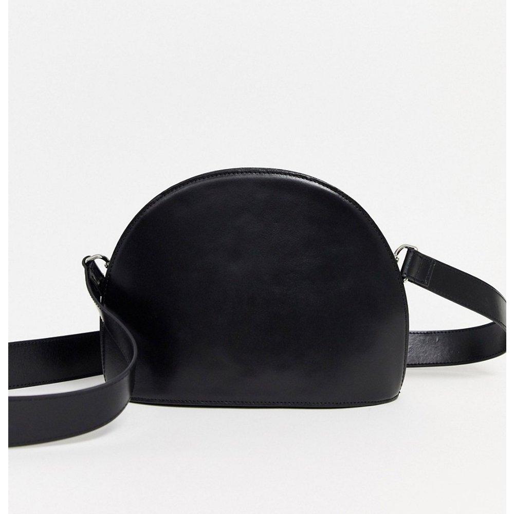 Grand sac bandoulière en cuir en demi-lune - ASOS DESIGN - Modalova