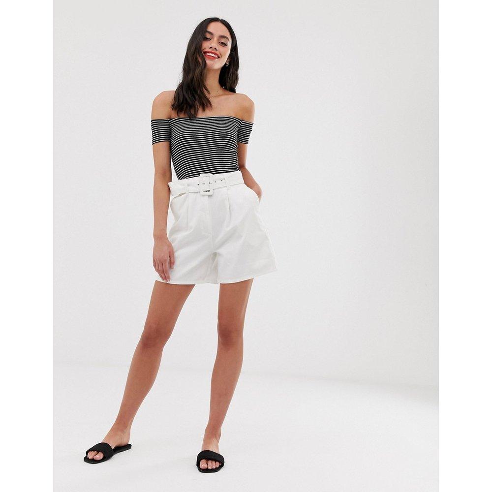 Jupe-culotte courte en jean avec ceinture - ASOS DESIGN - Modalova