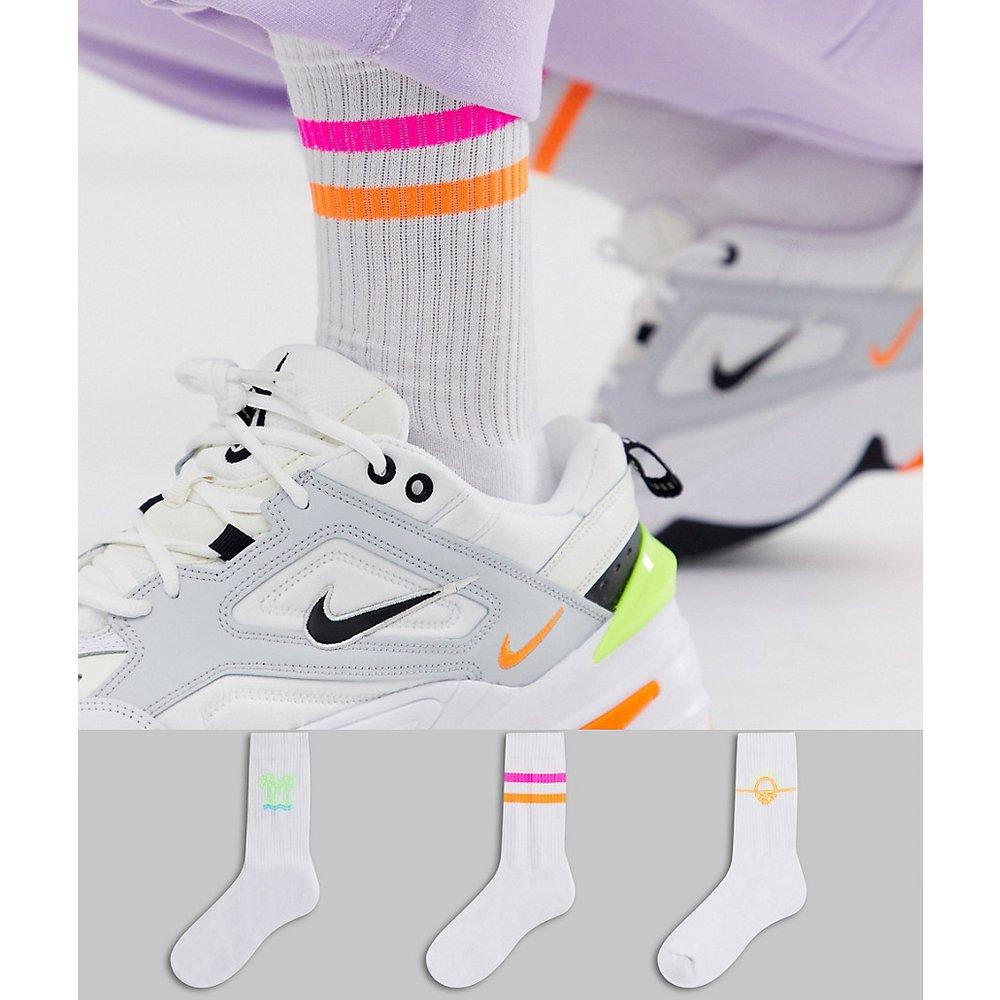 Lot de 3 paires de chaussettes de sport à motifs fluo - Blanc - Économie - ASOS DESIGN - Modalova