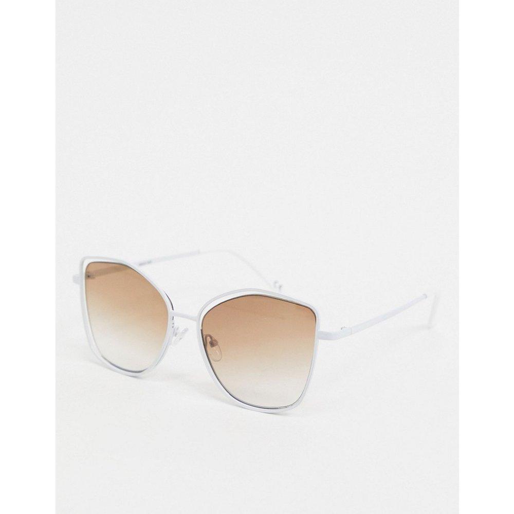 Lunettes de soleil yeux de chat anguleuses à verres suspendus - ASOS DESIGN - Modalova