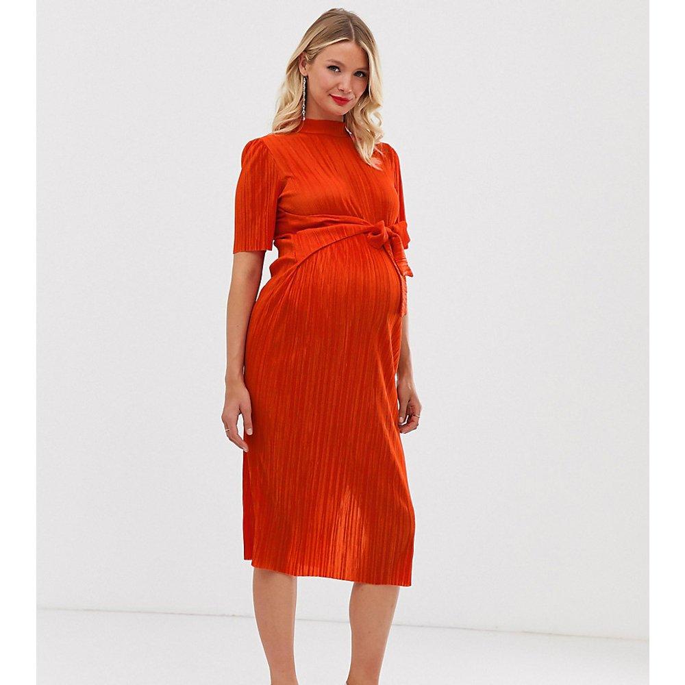 ASOS DESIGN Maternity - Robe mi-longue plissée nouée devant - ASOS Maternity - Modalova