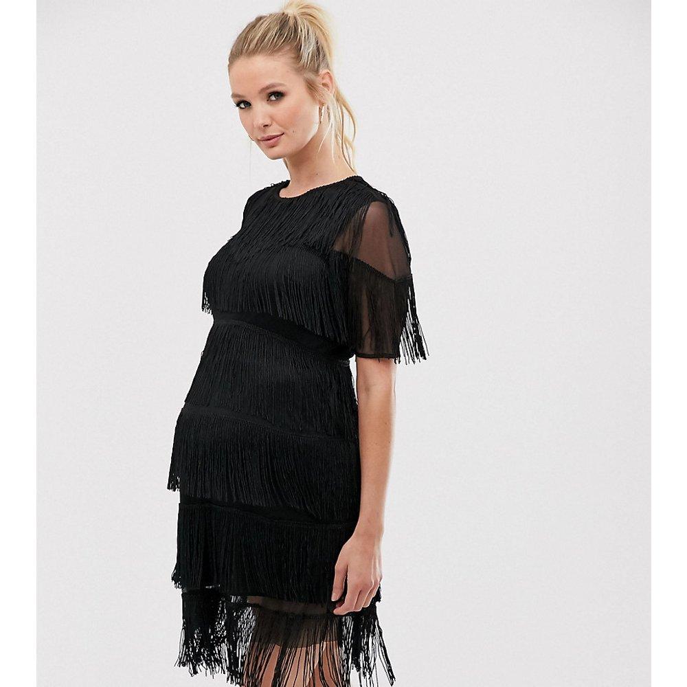 ASOS DESIGN Maternity - Robe t-shirt droite courte à franges - ASOS Maternity - Modalova