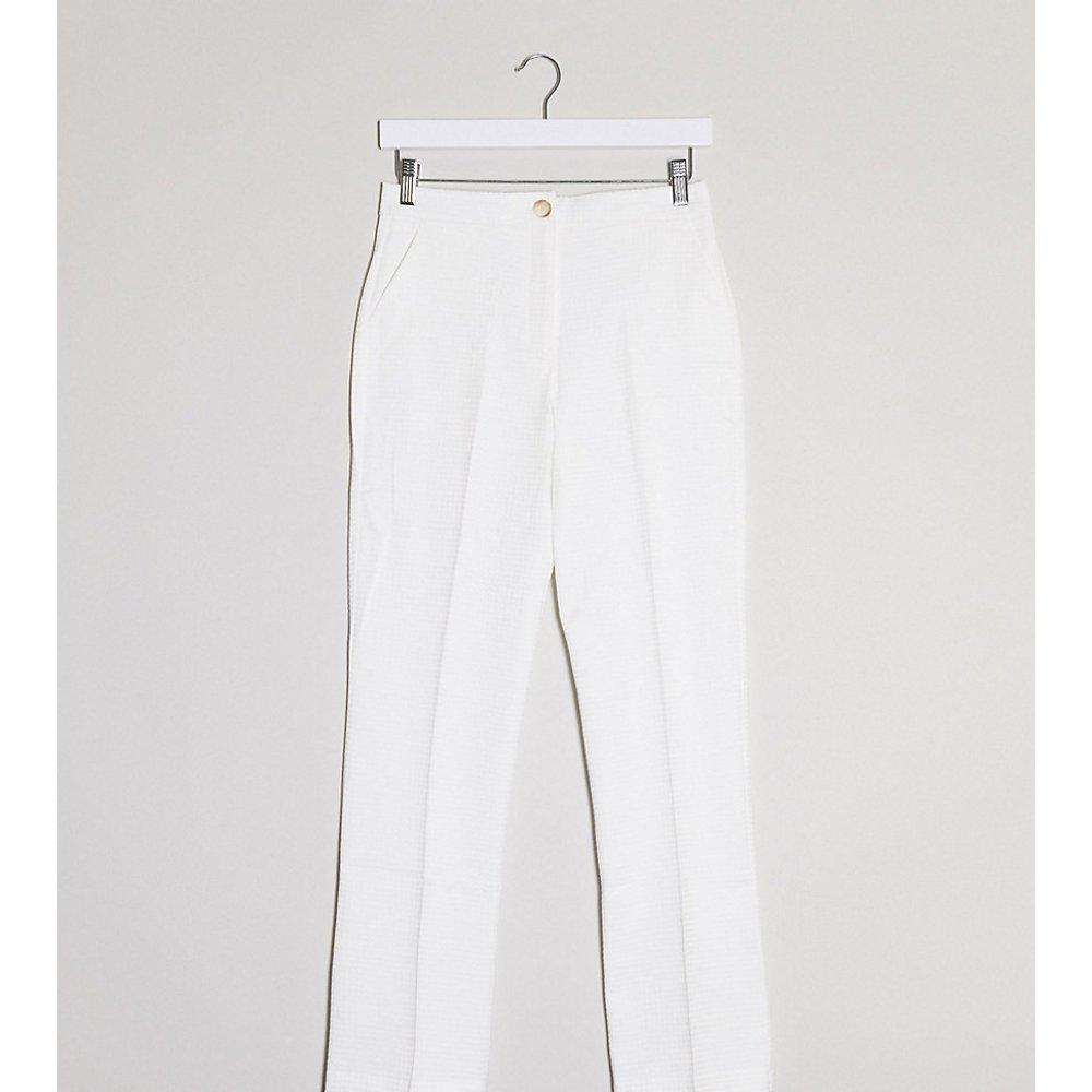 ASOS DESIGN Petite - Pantalon de tailleur fuselé texturé - ASOS Petite - Modalova