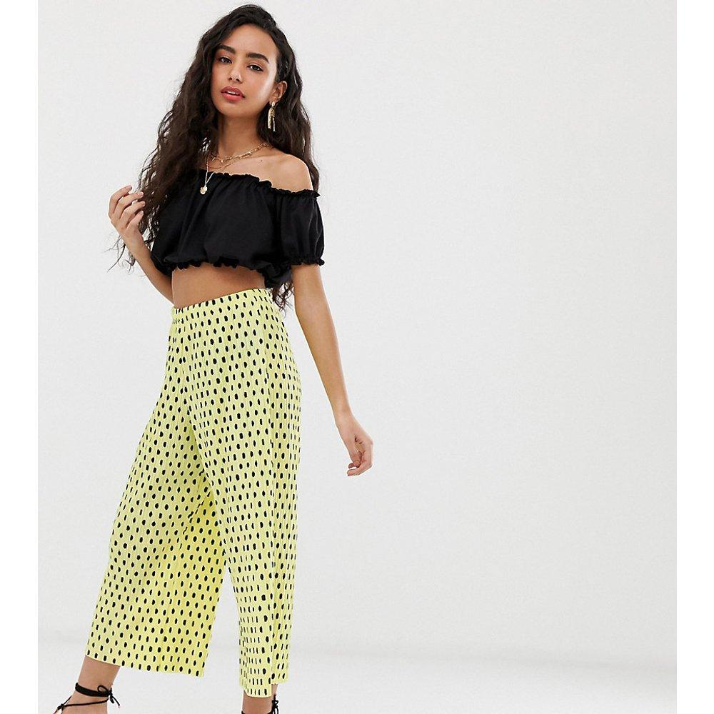 ASOS DESIGN Petite - Pantalon style jupe-culotte plissé à pois - ASOS Petite - Modalova