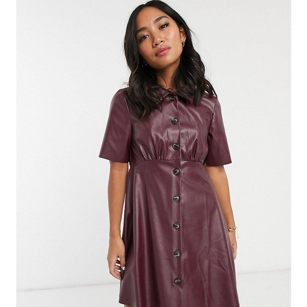 ASOS DESIGN Petite - Robe chemise courte en similicuir - ASOS Petite - Modalova