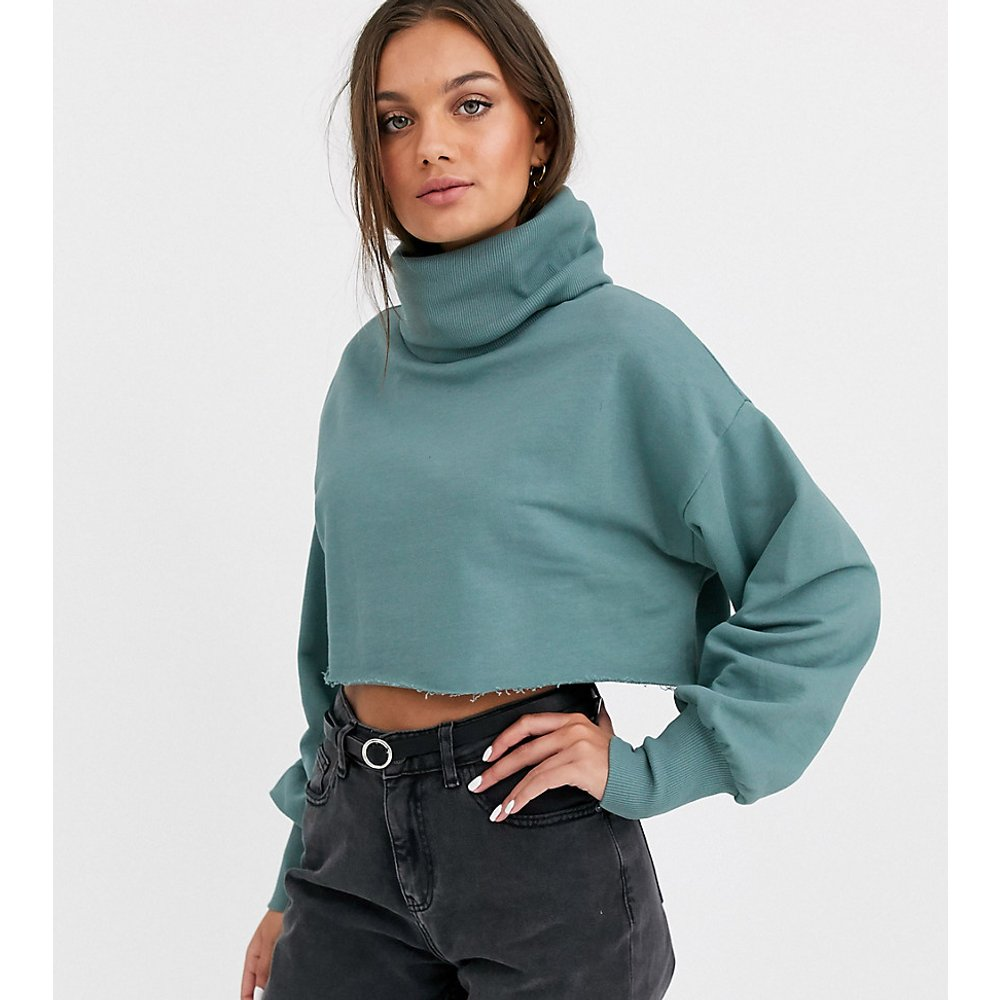 ASOS DESIGN Petite - Sweat-shirt court à col roulé ample - sarcelle - ASOS Petite - Modalova