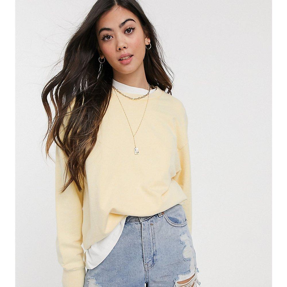 ASOS DESIGN Petite - Sweat-shirt oversize- Citron délavé - ASOS Petite - Modalova