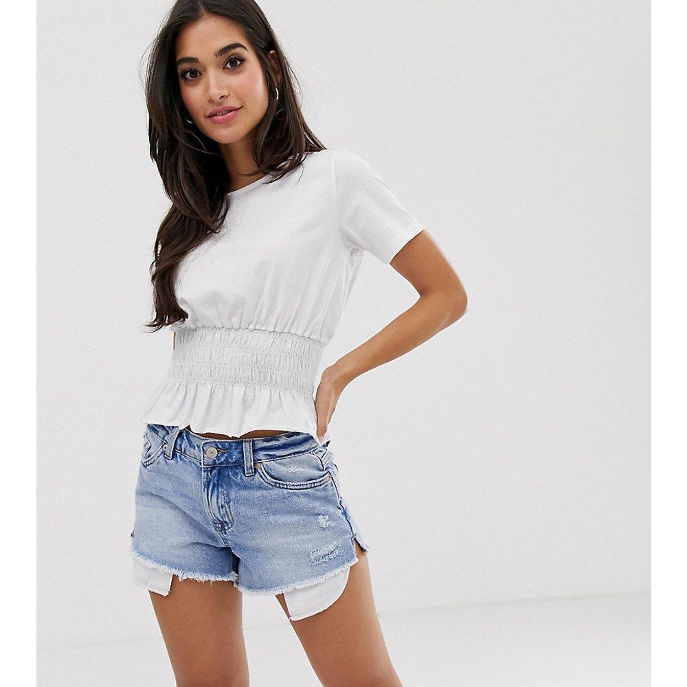 ASOS DESIGN Petite - T-shirt avec taille froncée - ASOS Petite - Modalova