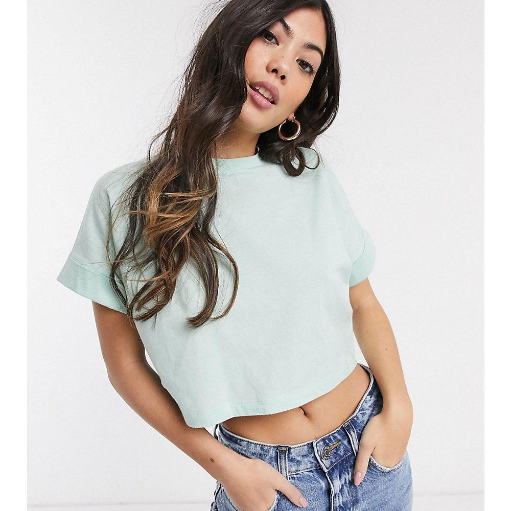 ASOS DESIGN Petite - T-shirt crop top à manches retroussées - Vert menthe - ASOS Petite - Modalova