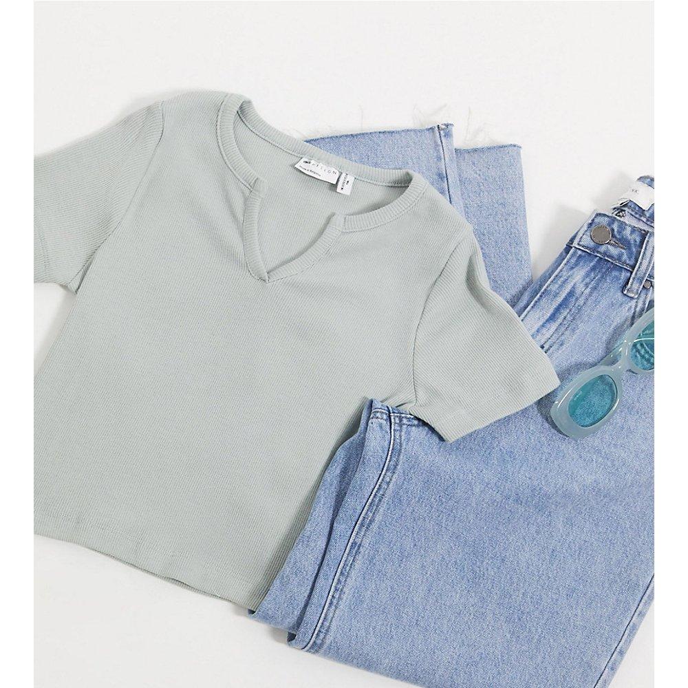 ASOS DESIGN Petite - T-shirt slimcôtelé avec encolure à encoche - Sauge - ASOS Petite - Modalova