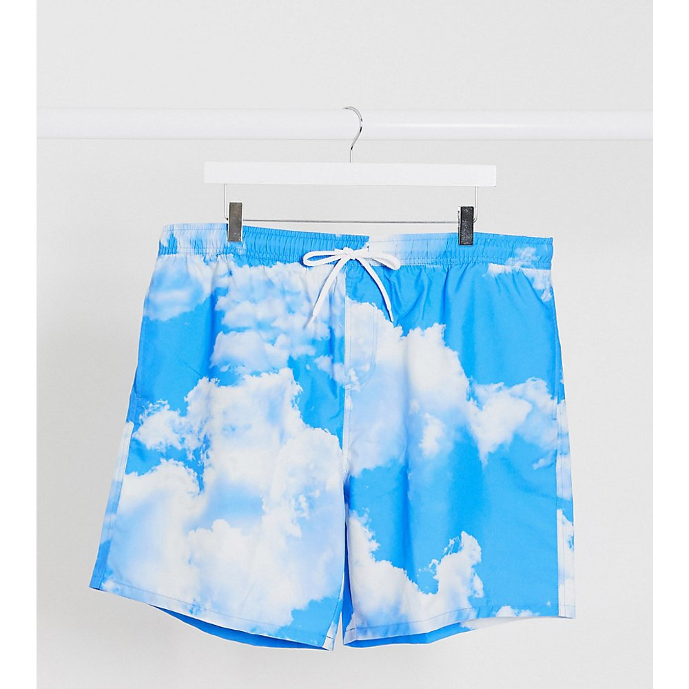 Plus - Short de bain mi-long imprimé nuages - ASOS DESIGN - Modalova
