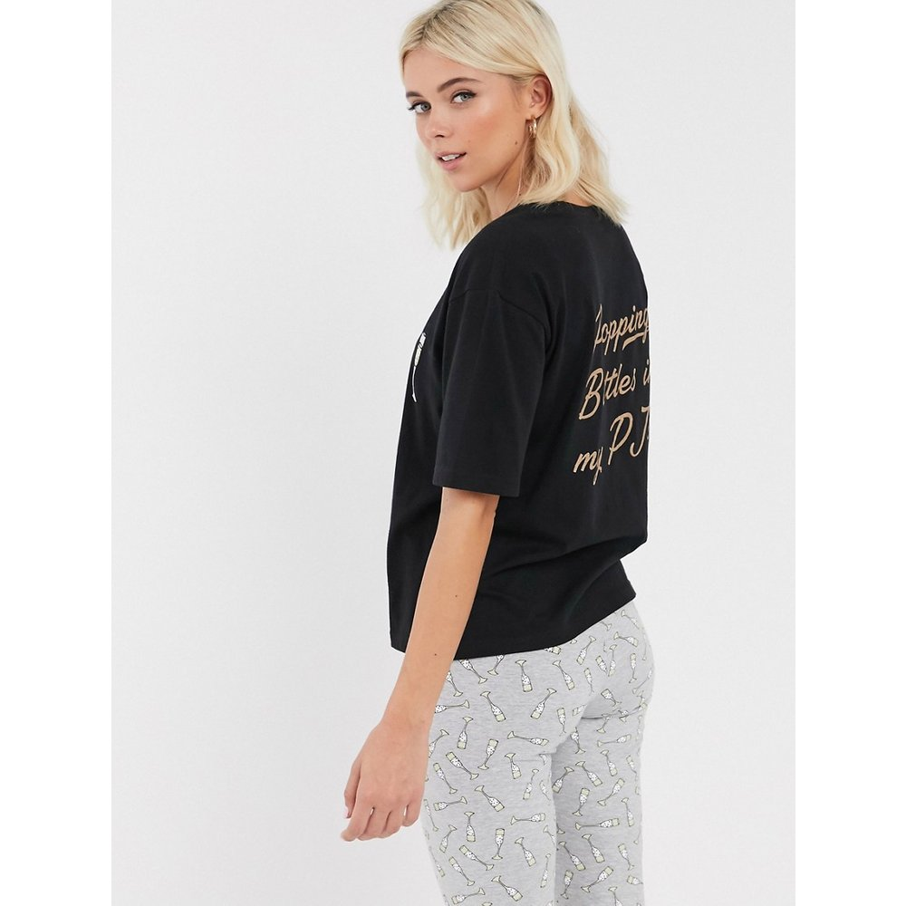 Popping bottles in my pjs - Pyjama avec t-shirt et leggings - ASOS DESIGN - Modalova