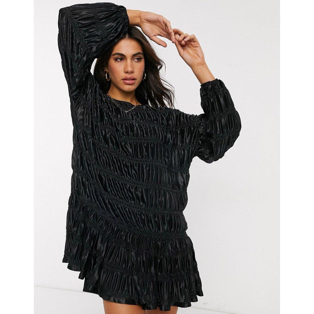 Robe babydoll courte et plissée à manches longues - ASOS DESIGN - Modalova
