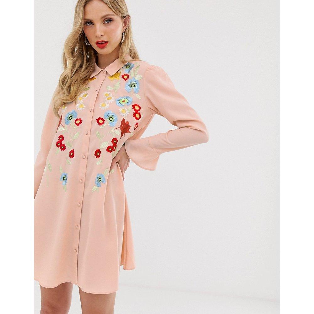 Robe chemise courte fluide brodée - ASOS DESIGN - Modalova