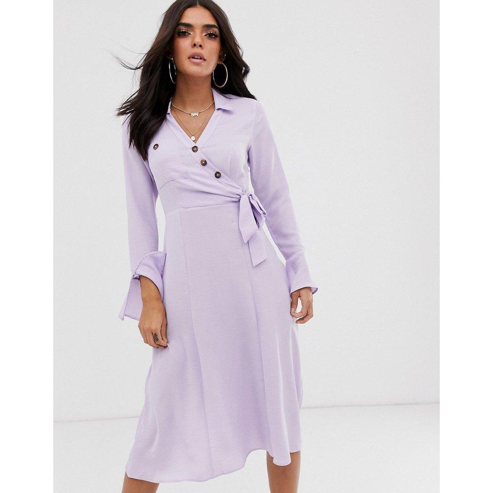 Robe chemise mi-longue à coupe cache-cœur boutonnée - ASOS DESIGN - Modalova