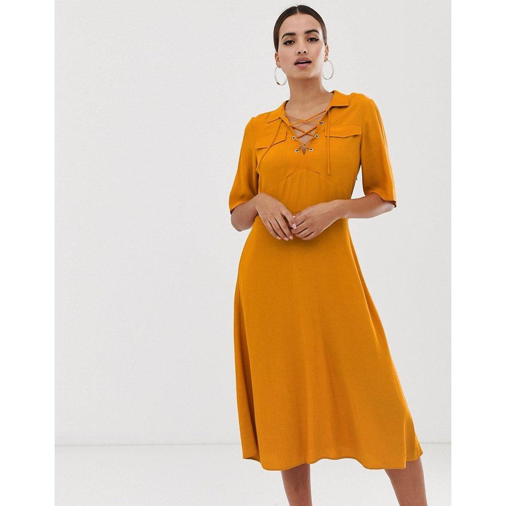Robe chemise mi-longue avec laçage à l'avant - ASOS DESIGN - Modalova