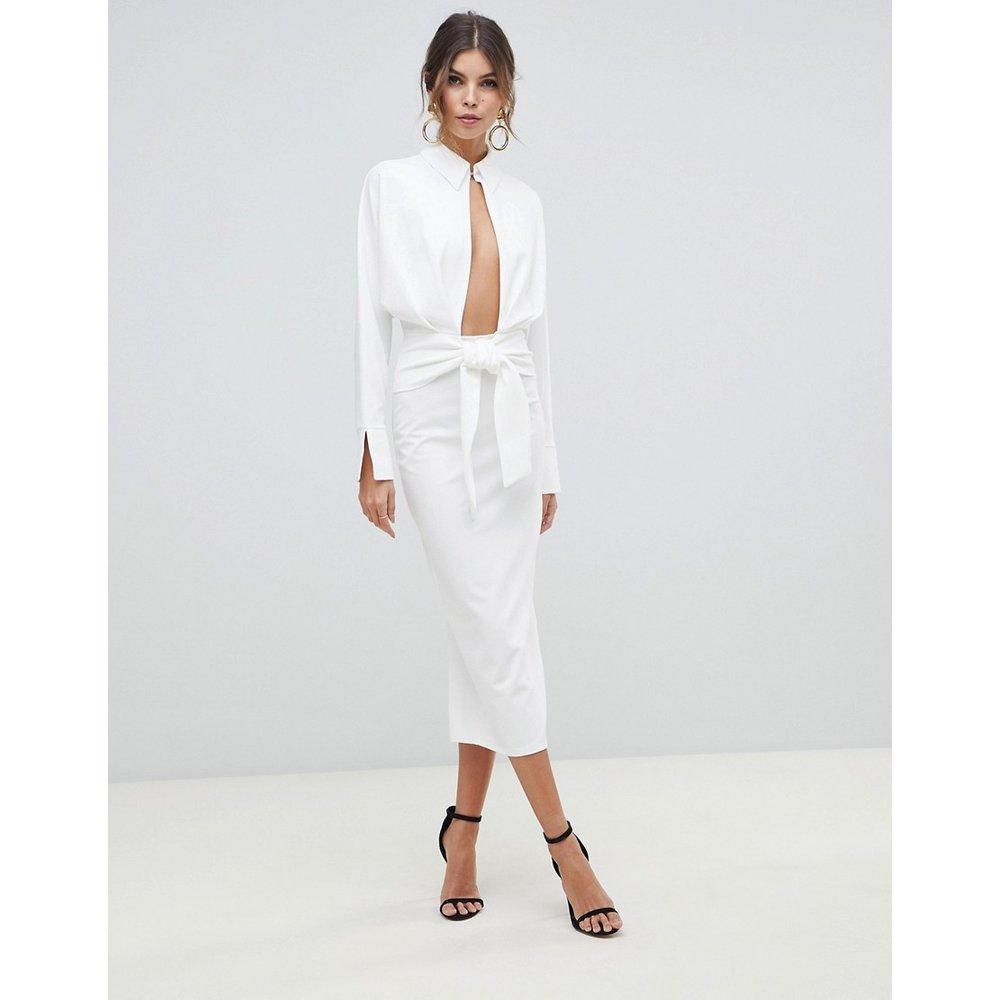 Robe chemise mi-longue coupe portefeuille à manches longues - ASOS DESIGN - Modalova