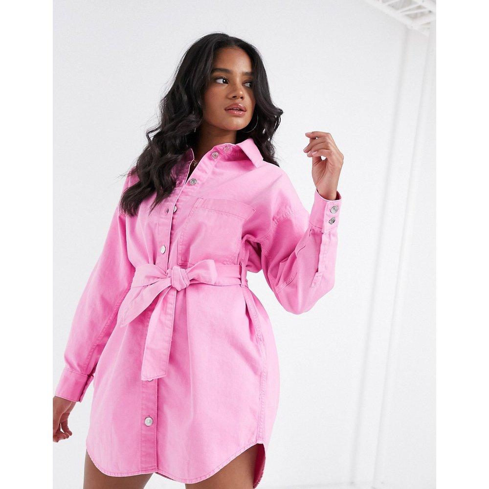 Robe chemise oversize avec ceinture - ASOS DESIGN - Modalova