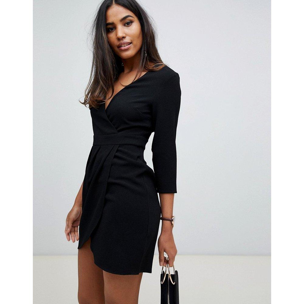 Robe courte avec jupe portefeuille - ASOS DESIGN - Modalova