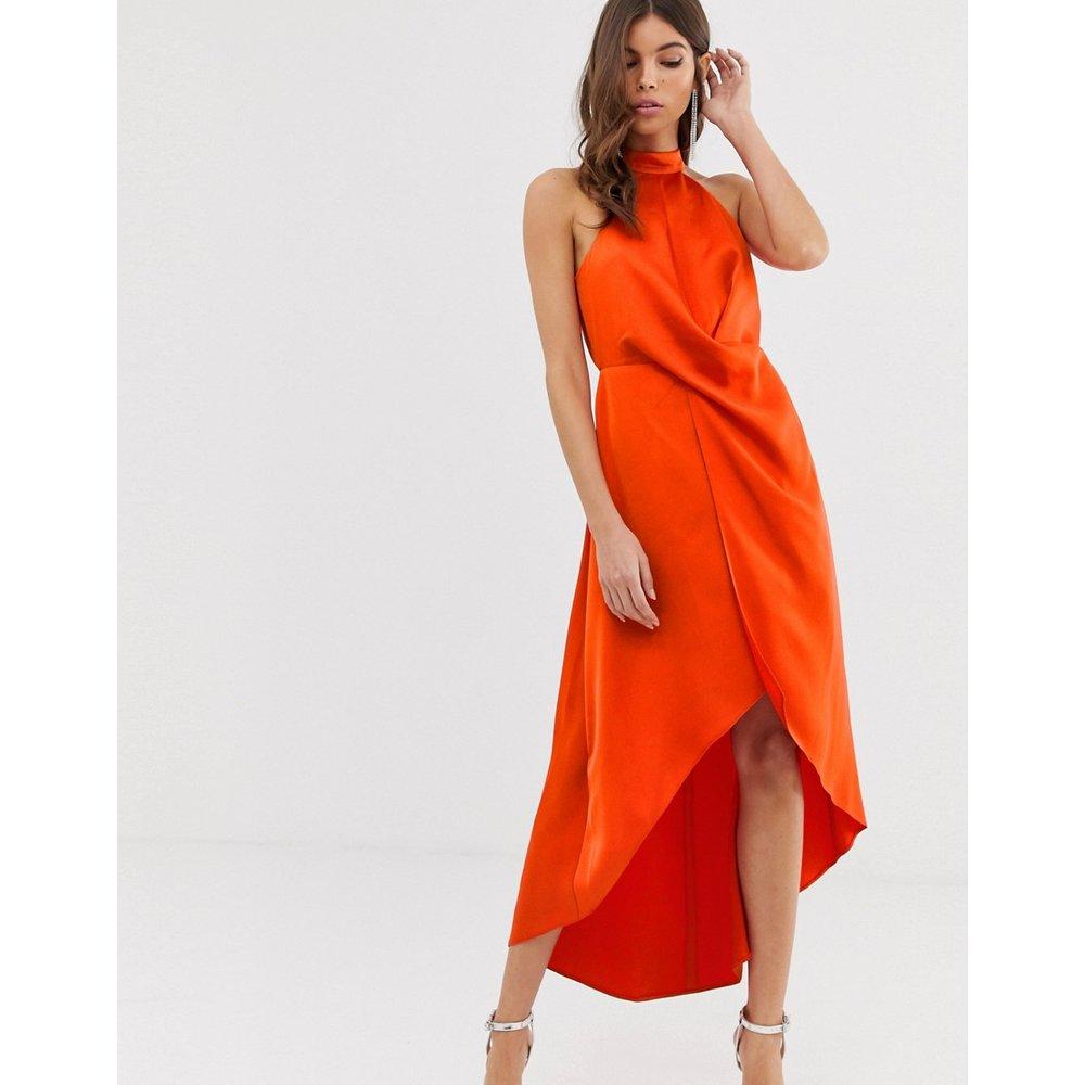 Robe en satin mi-longue à encolure montante et jupe portefeuille - ASOS DESIGN - Modalova