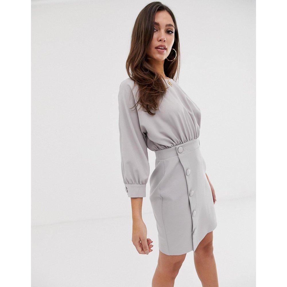 Robe fourreau courte avec jupe boutonnée - ASOS DESIGN - Modalova