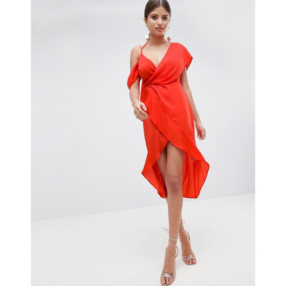 Robe fourreau mi-longue sexy drapée asymétrique en satin - ASOS DESIGN - Modalova