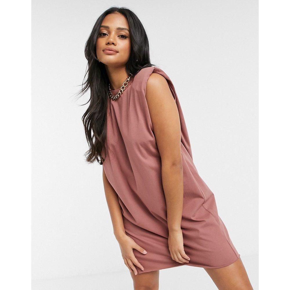 Robe t-shirt courte sans manches à épaules rembourrées - Taupe - ASOS DESIGN - Modalova