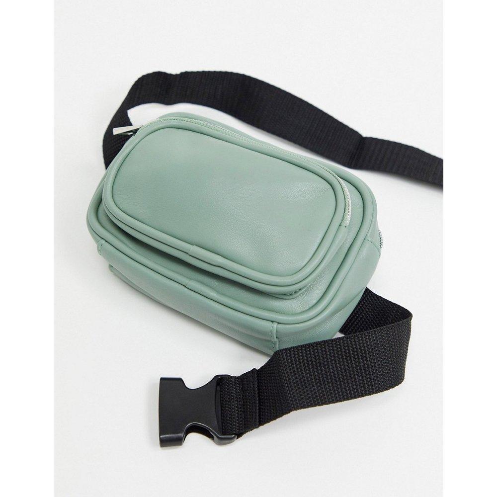 Sac bandoulière pour appareil photo en imitation cuir avec deux poches - ASOS DESIGN - Modalova