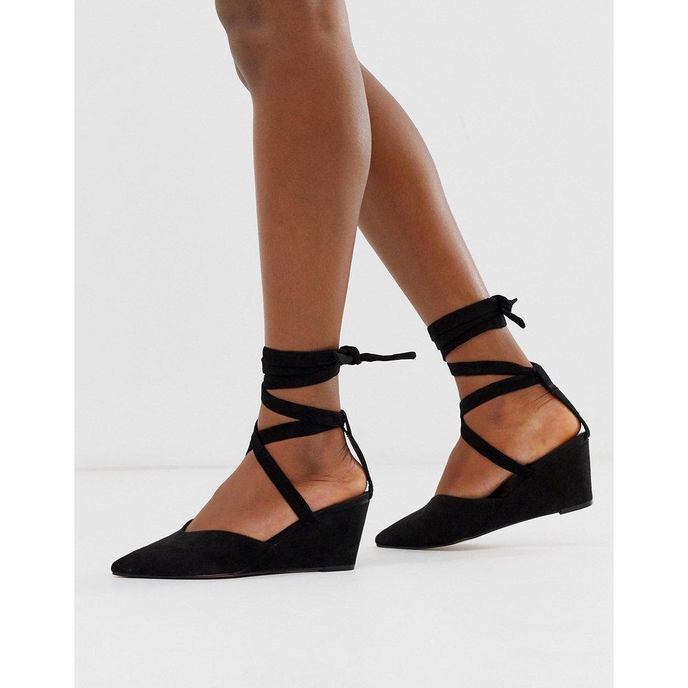 Saxon - Chaussures compensées avec lien sur la jambe - ASOS DESIGN - Modalova