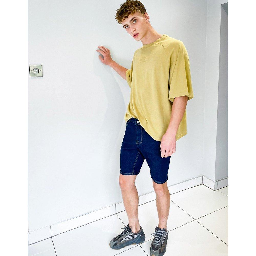 Short en jean ajusté - Indigo - ASOS DESIGN - Modalova