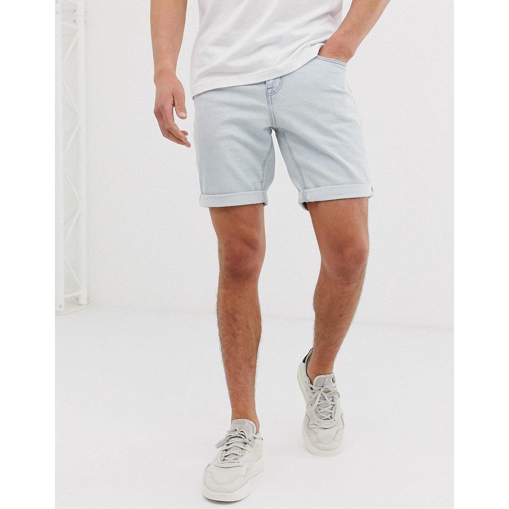 Short en jean slim à délavage clair - ASOS DESIGN - Modalova