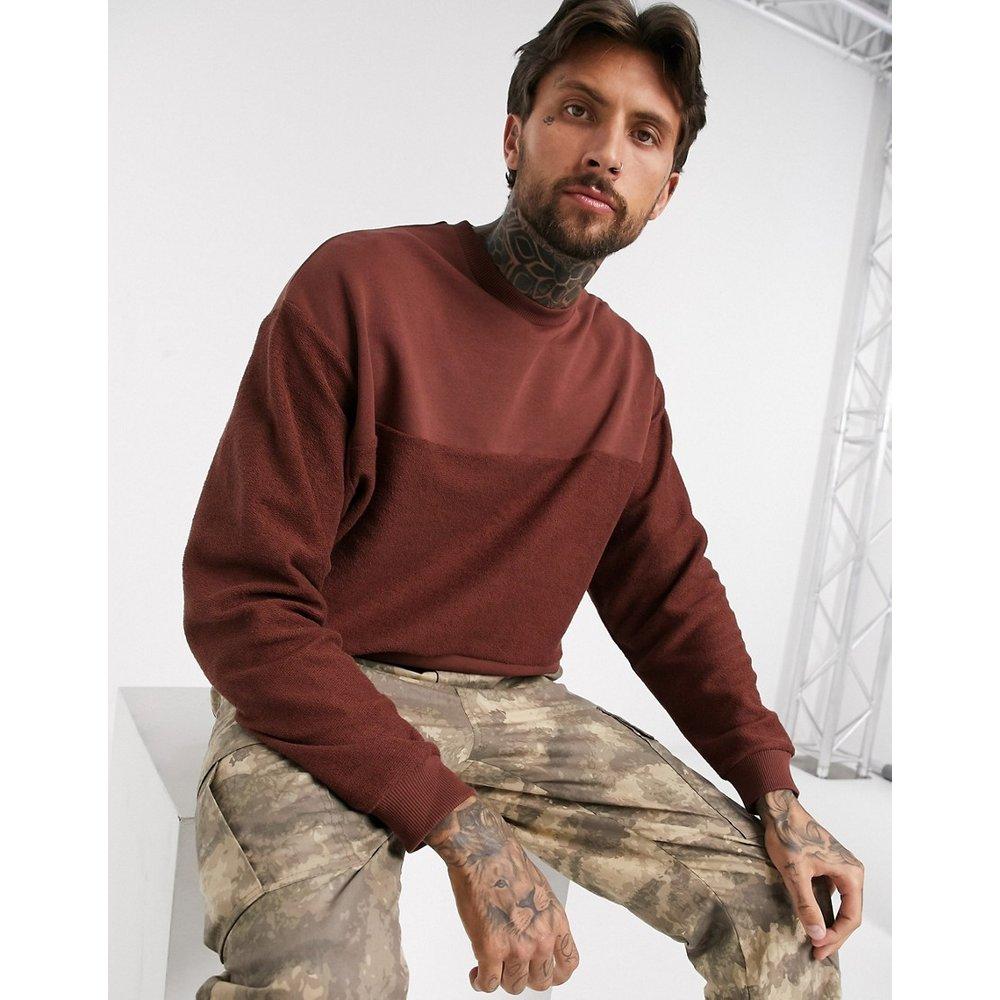 Sweat-shirt oversize à empiècements effet coupé-cousu - ASOS DESIGN - Modalova