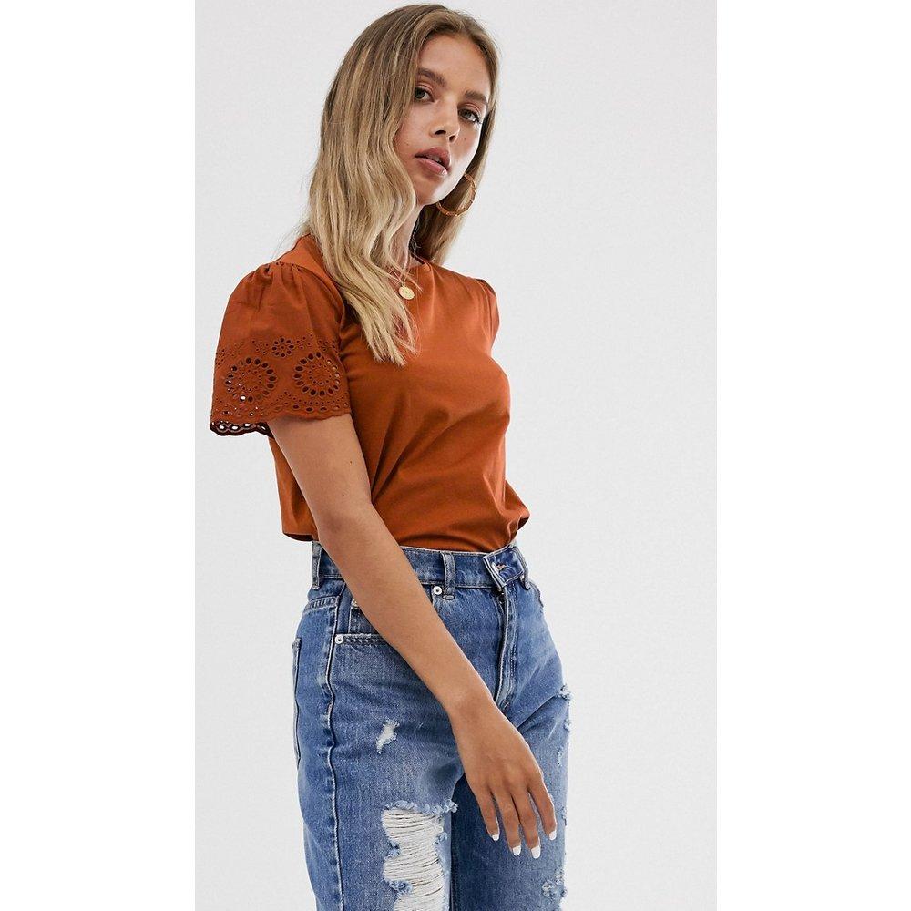 T-shirt avec manches en broderie anglaise - Rouille - ASOS DESIGN - Modalova