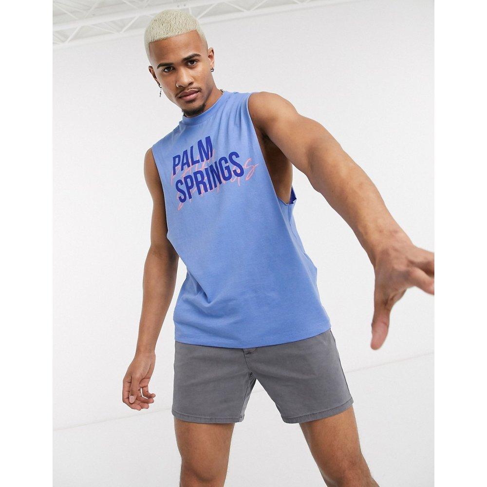 T-shirt sans manches en coton biologique à imprimé ville avec emmanchures larges - ASOS DESIGN - Modalova