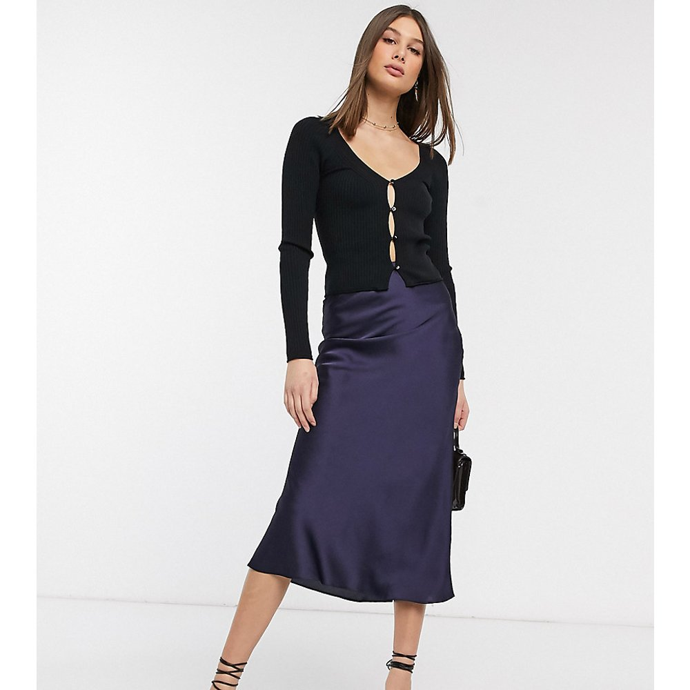 ASOS DESIGN Tall - Jupe mi-longue coupée en biais en satin - ASOS Tall - Modalova