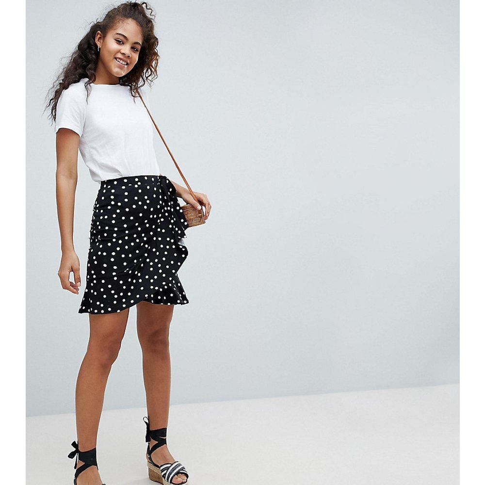 ASOS DESIGN Tall - Mini-jupe portefeuille à pois - ASOS Tall - Modalova