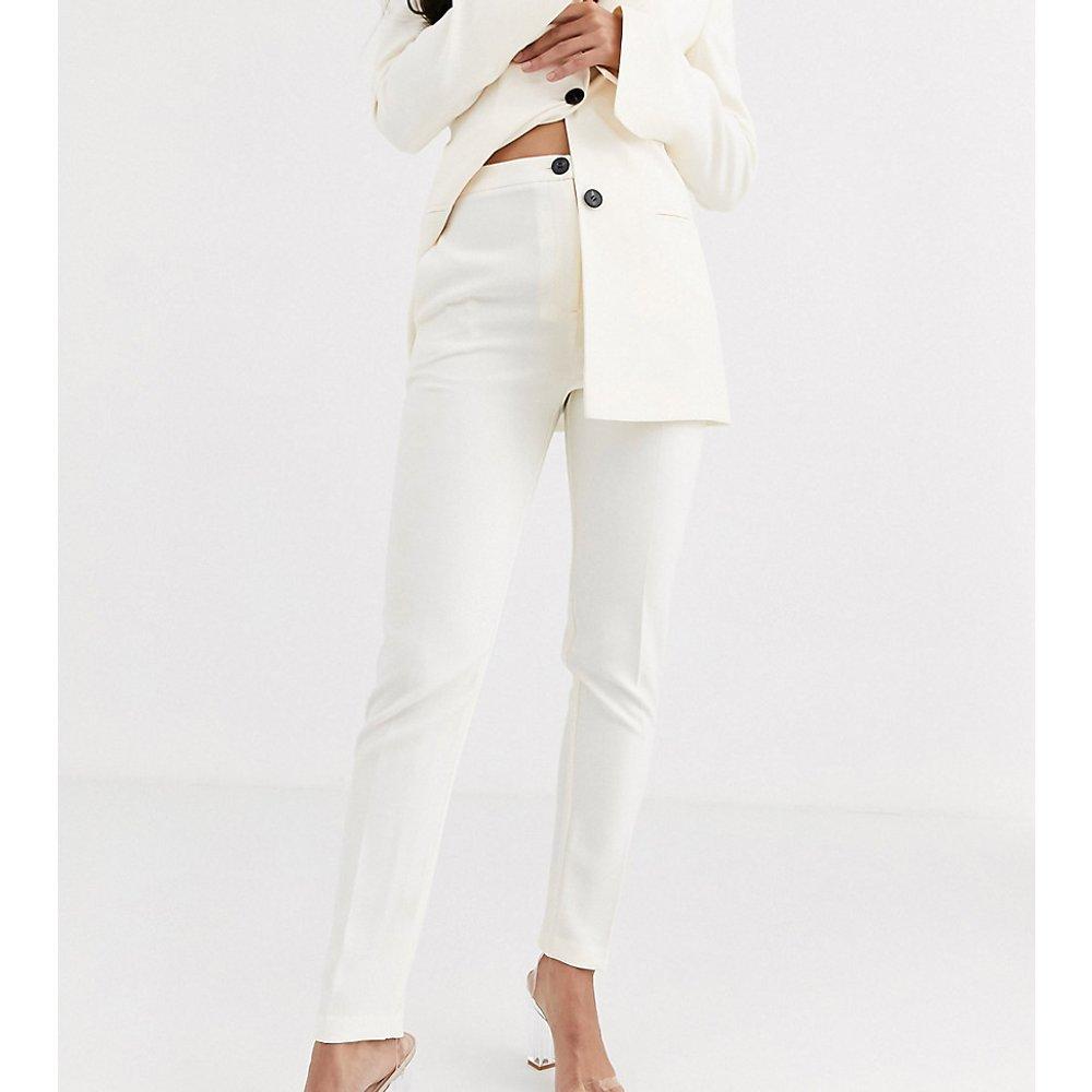 ASOS DESIGN Tall - Pop - Pantalon de tailleur slim - Ivoire - ASOS Tall - Modalova