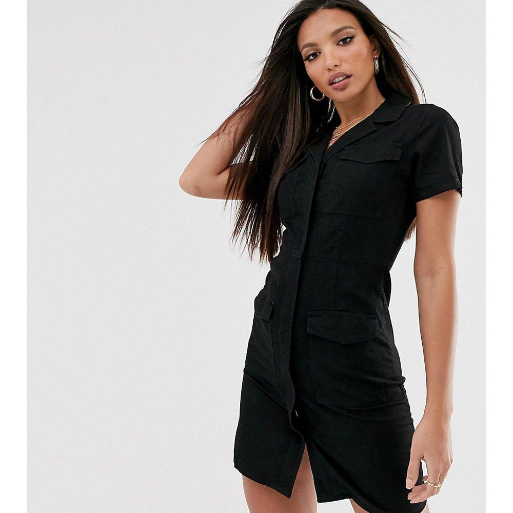 ASOS DESIGN Tall - Robe chemise courte en jean avec poche - ASOS Tall - Modalova