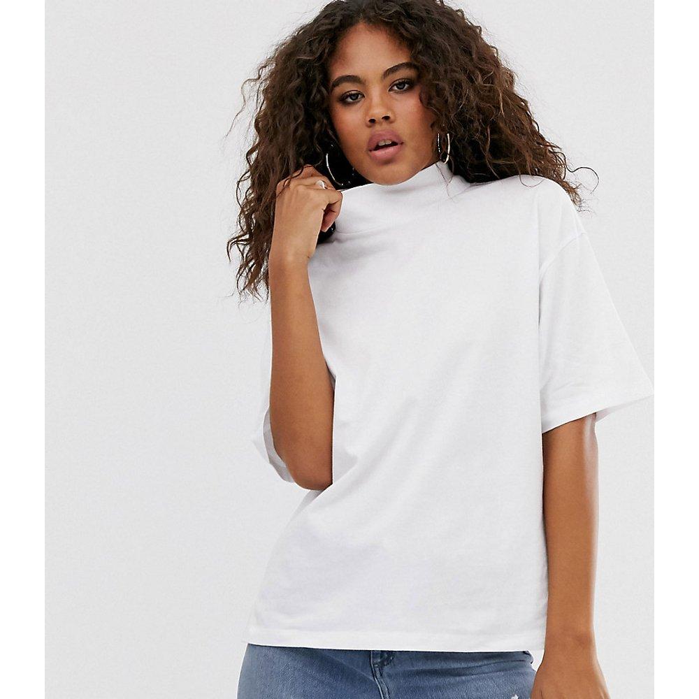 ASOS DESIGN Tall - T-shirt à manches courtes et col montant - ASOS Tall - Modalova
