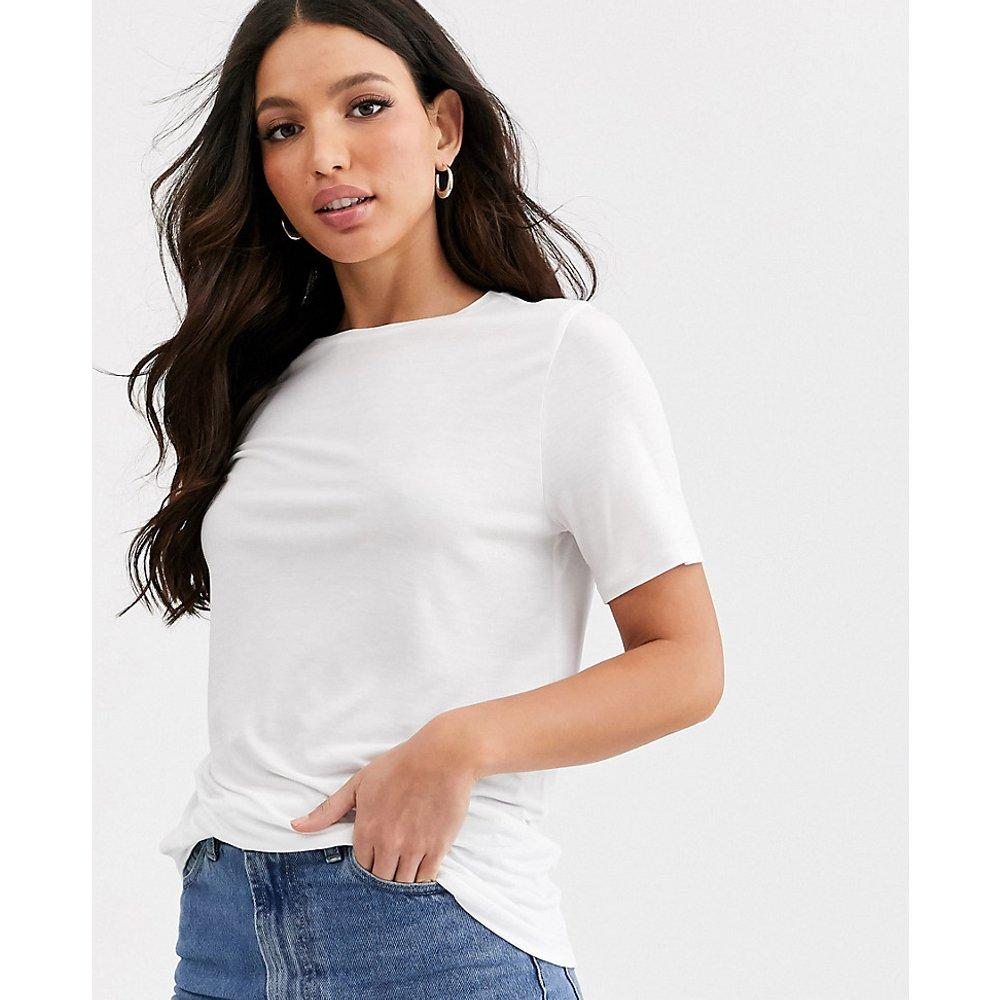 ASOS DESIGN Tall - T-shirt décontracté en tissu fluide - ASOS Tall - Modalova