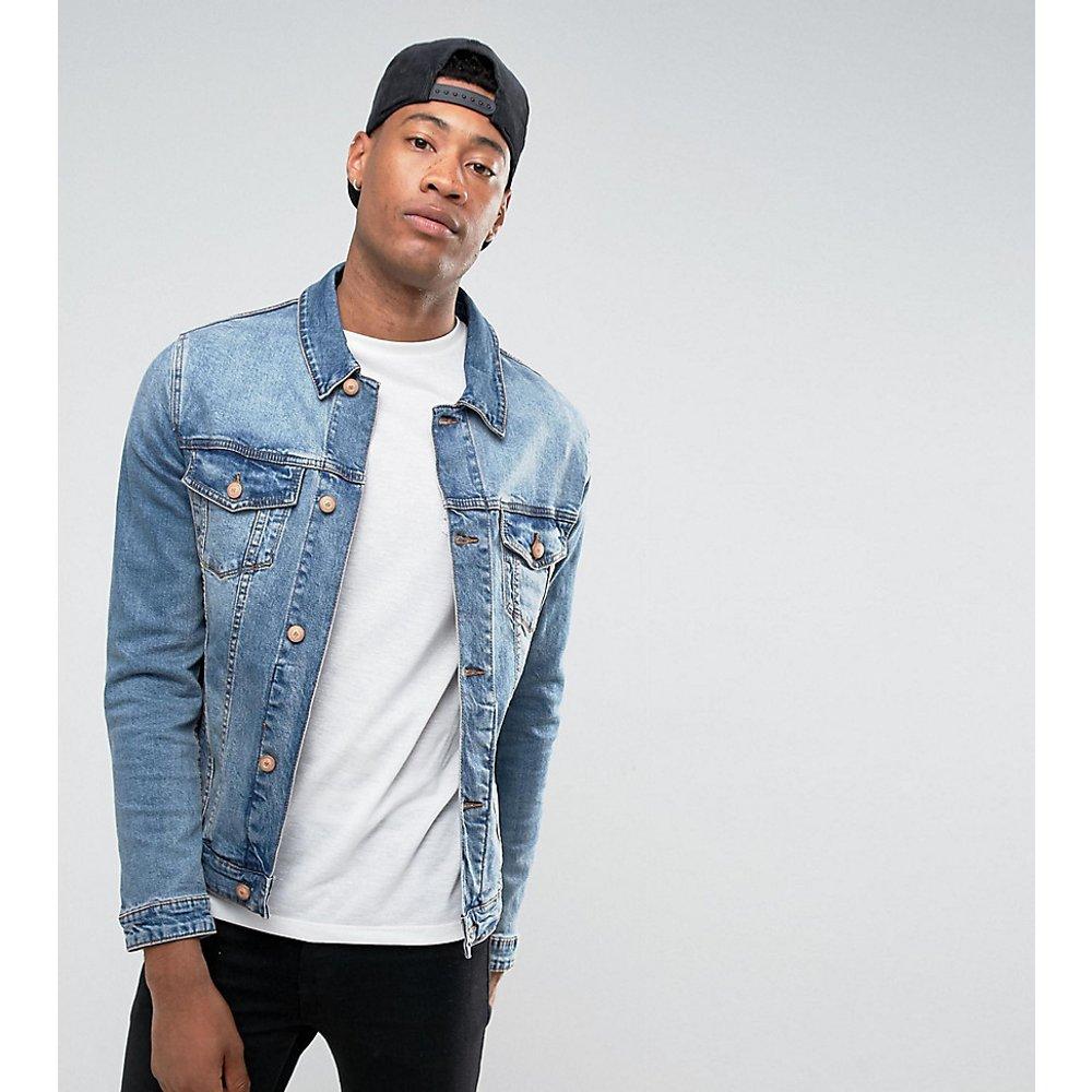 Tall - Veste en jean skinny - Délavage moyen - ASOS DESIGN - Modalova
