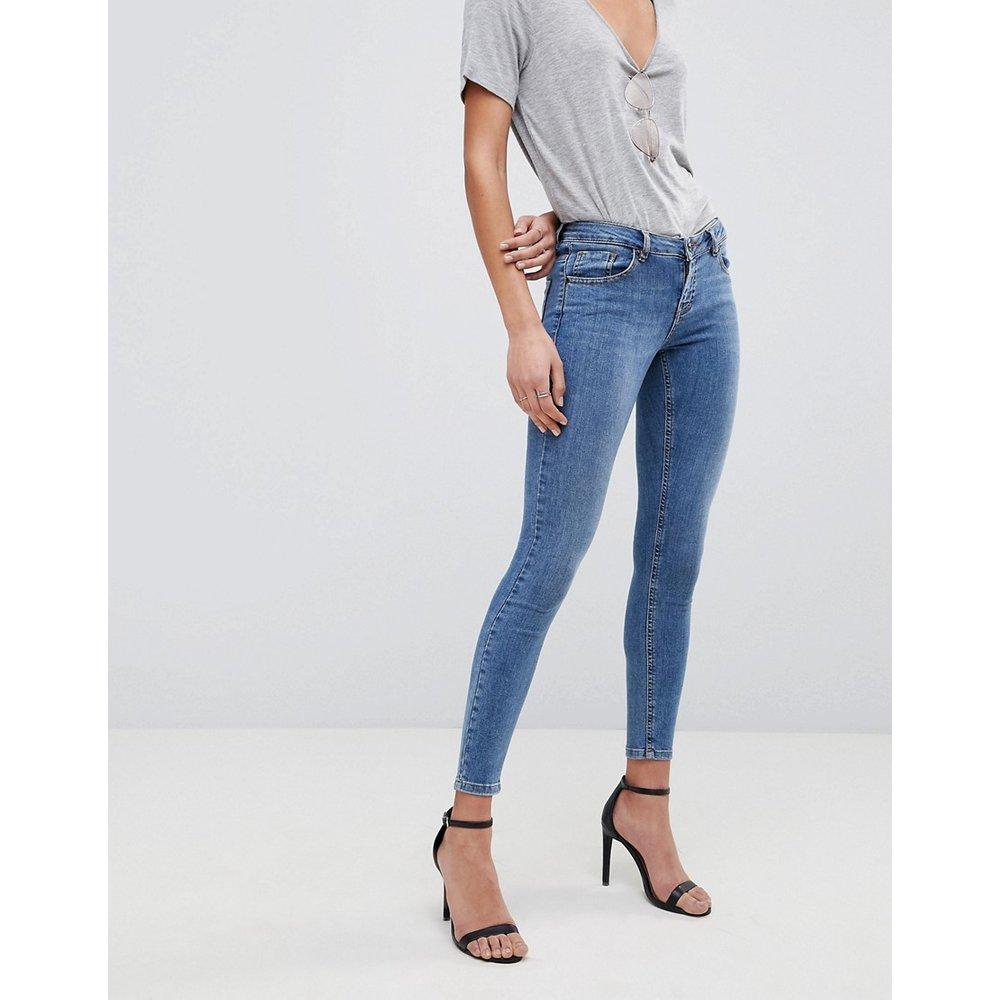 Whitby - Jean skinny taille basse - délavé foncé - ASOS DESIGN - Modalova