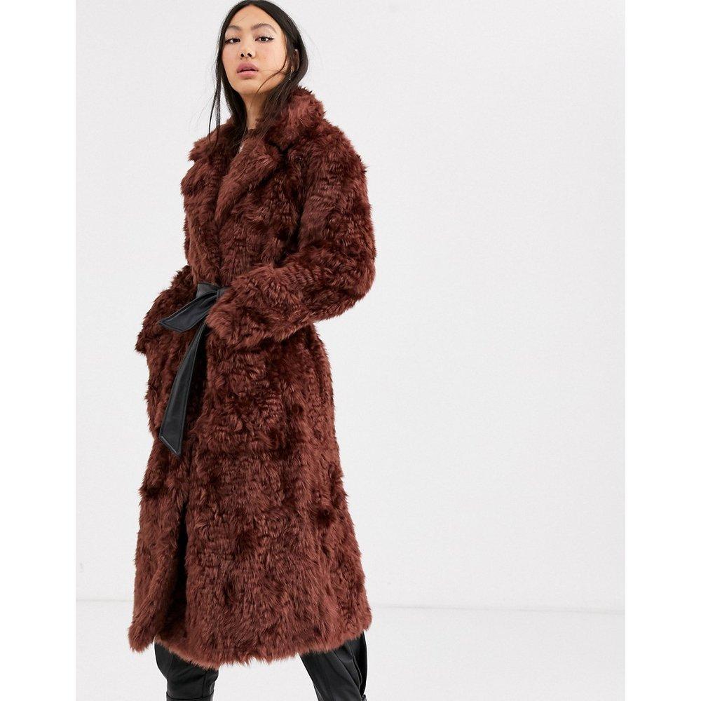 Manteau en fausse fourrure à ceinture - ASOS WHITE - Modalova