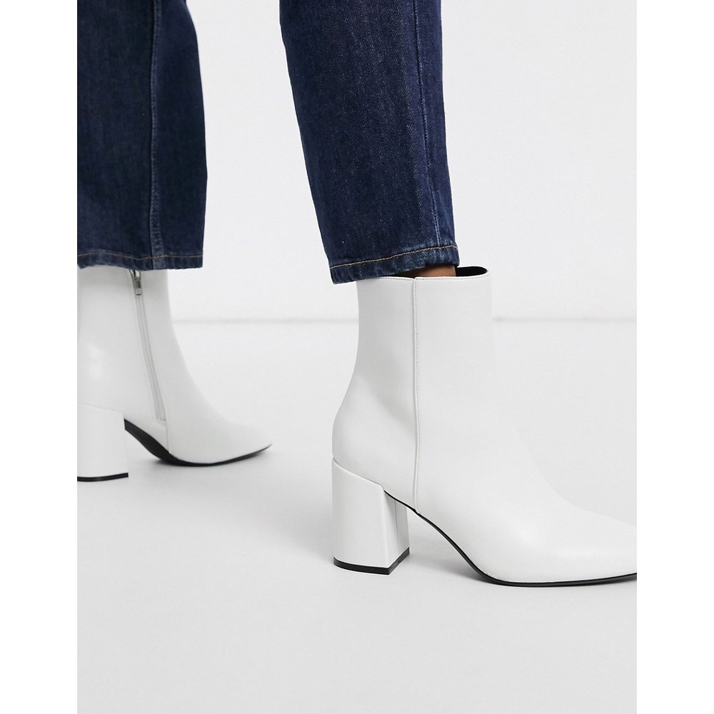 Bottines vernies à talon carré - Bershka - Modalova